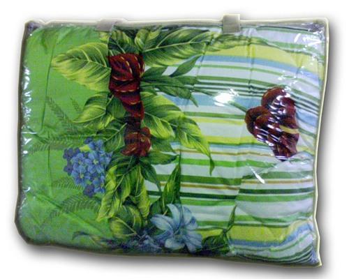 теплое одеяло с зелеными  цветами