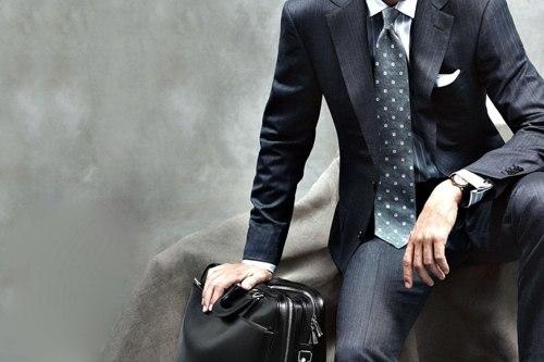 Мужские аксессуары - сумки и барсетки важнее всего