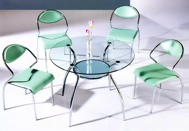 Как правильно выбрать стеклянный стол