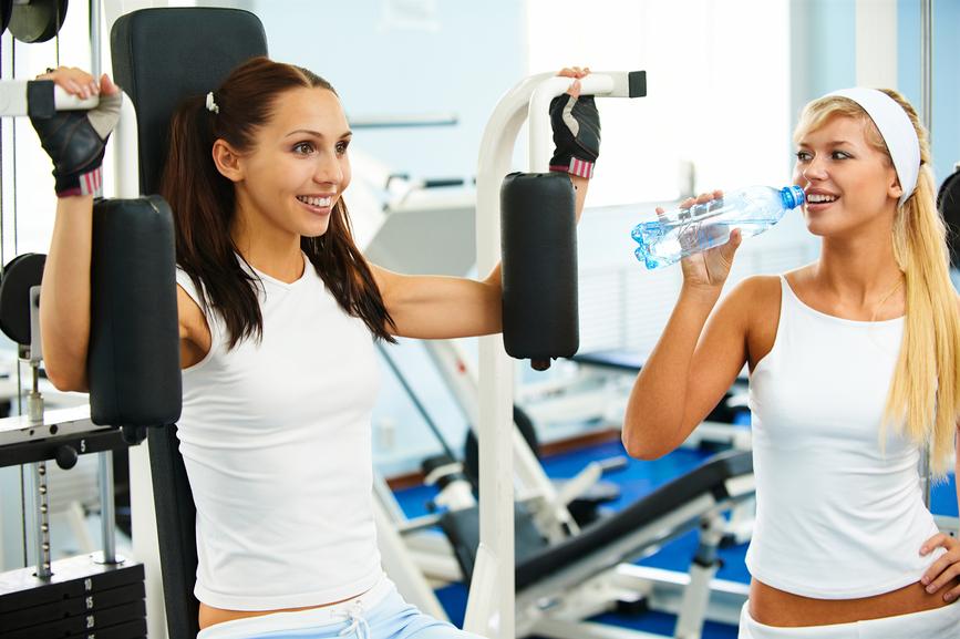 Виды упражнений в тренажерном зале для девушек