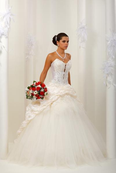 Свадебное платье–трансформер