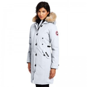 брендовые плащи, пальто, куртки и пуховики