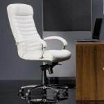 Как выбрать хорошее офисное кресло?