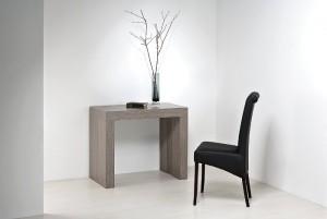 Варианты применения стола-консоли в различных интерьерах