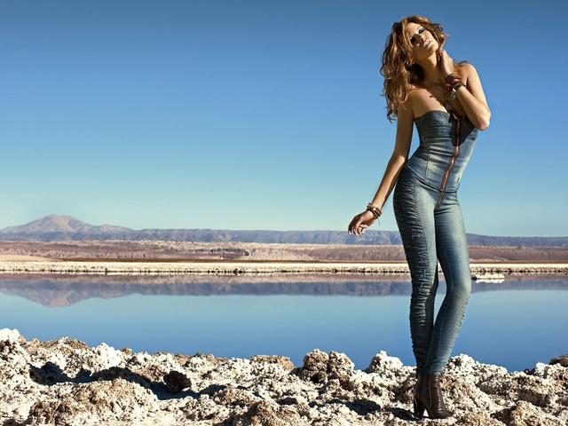 Трендовые джинсы в 2016 году